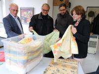Beim Ortstermin (von links): Dr. Robert Löwer, Pfarrer Judmann, Alexander Stucke und Bürgermeisterin und Sozialreferentin Jessica Euler.